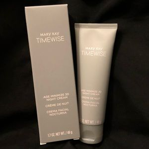 Mary Kay Timewise age minimize 3D night cream